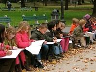 Boston school children sketching