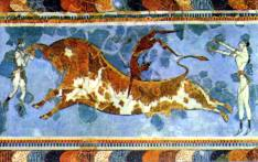 Bull-leaping fresco (17th-15th centuries BC) in Knossos Palace in Crete